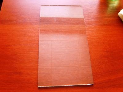 Наклеивание пленки на стекло аквариума - S8301828.JPG