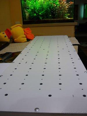 Композитный лист, с двух сторон покрыт тонким слоем металла. Конечно, радиатор, не идеальный, но, другого не было. Да и идея была именно такой. - P1030511.JPG