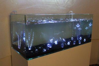 Задний фон для аквариума - themirror_01.jpg